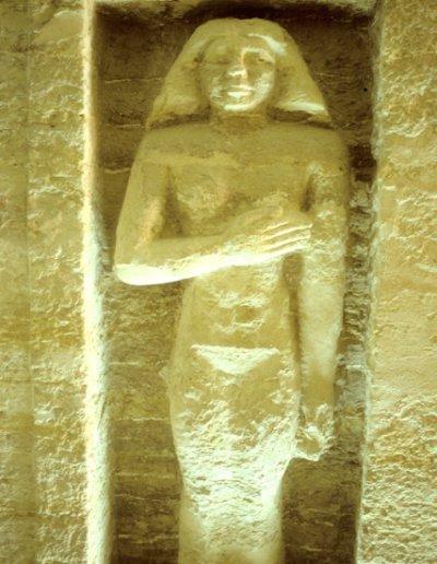 saqqara_outlying tomb_statue