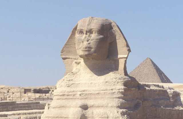 sphinx and pyramid of cheops_3