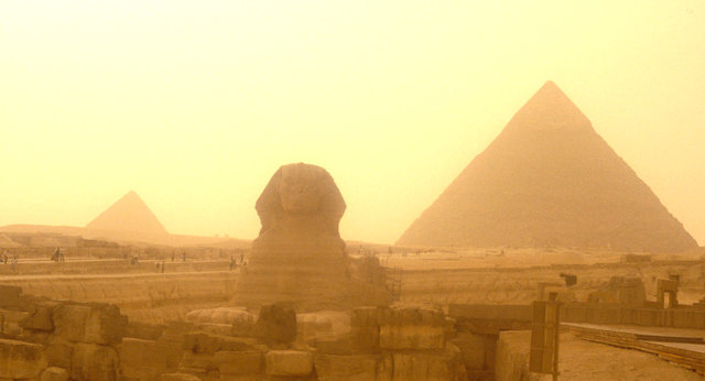 sphinx and pyramids of chephren and mycerinus
