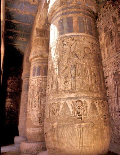 thebes_medinat habu temple_4