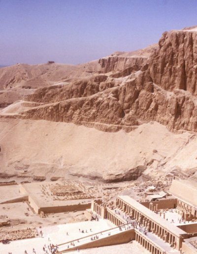 thebes_temple of hatshepsut_2