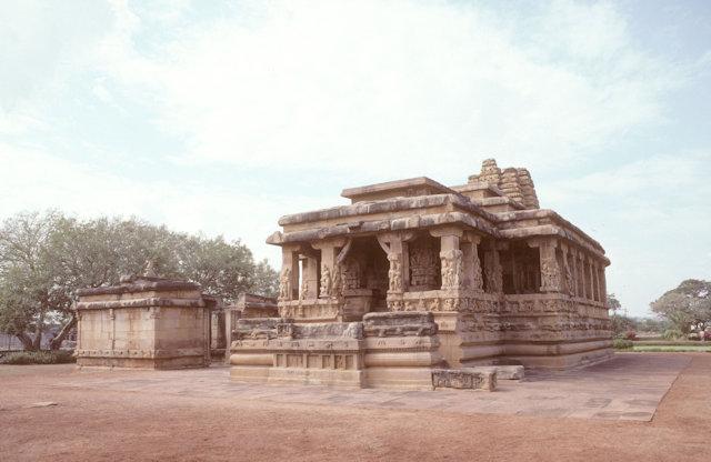 aihole_chikki gudi temple