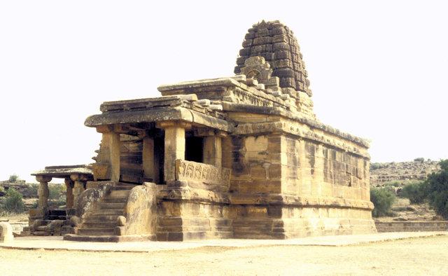 aihole_hucchimalli gudi temple