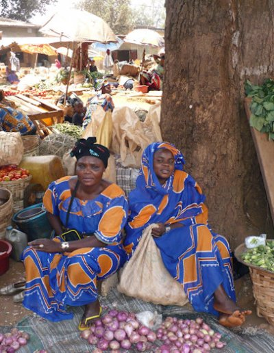 foumban_market_vendors