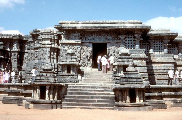 halebid_hoysaleshvara temple