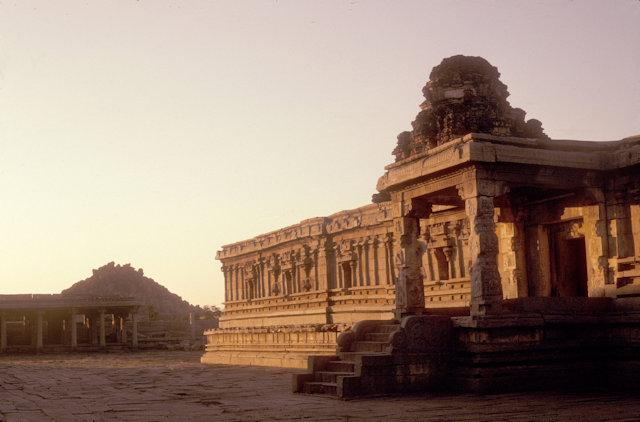hampi_vijayanagar_vitthala temple_2