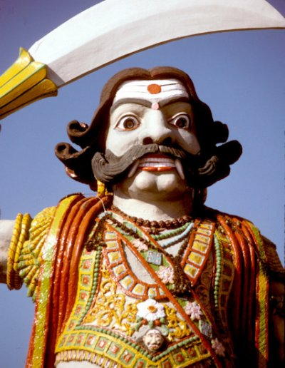 mysore_chaumundi hill_temple_2