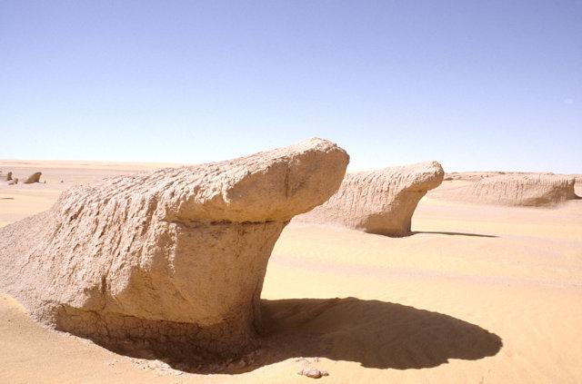 selima sand sheet_shark rock formation