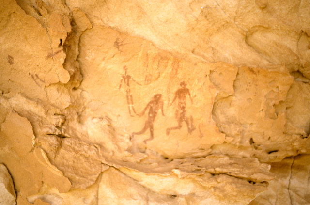 wadi sura_cave of the bathers_3