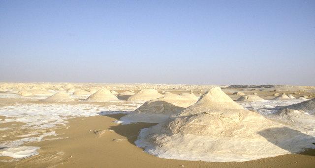 white desert_overview