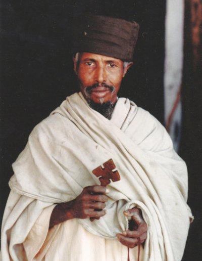 bahir dar_orthodox priest