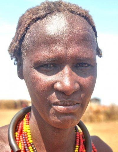 omorate_dassenach woman