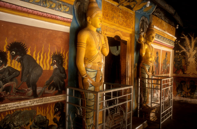 aluvihara_cave temple_2