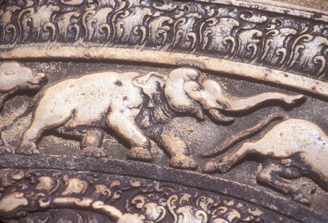 anuradhapura_mahasen's palace_moonstone_2