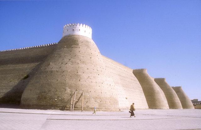 bukhara_ark_battlements