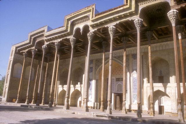 bukhara_bolo hauz mosque