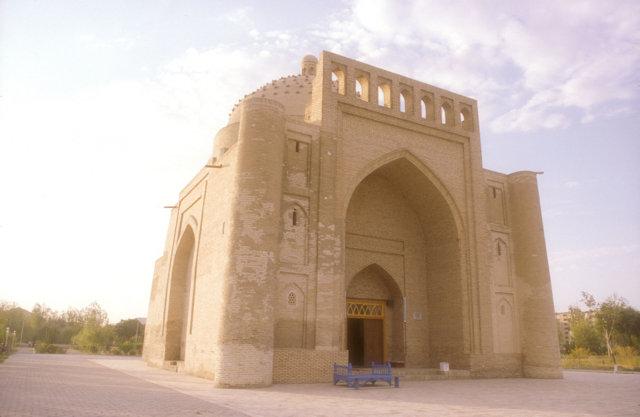 bukhara_saifuddin bukharzi mazaar