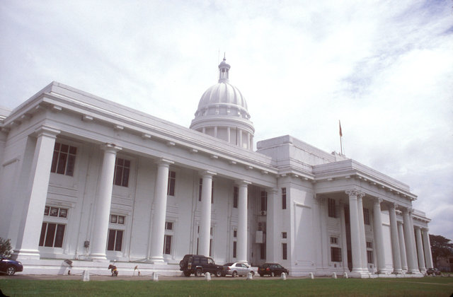 colombo_town hall