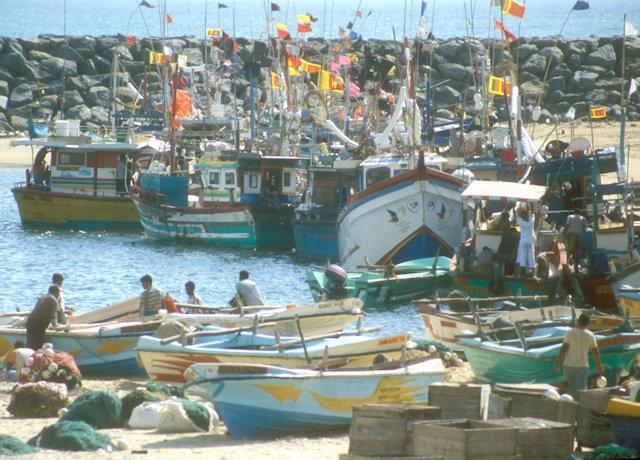 hambantota_fishing boats