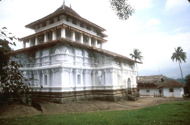 kandy_lankatilake temple