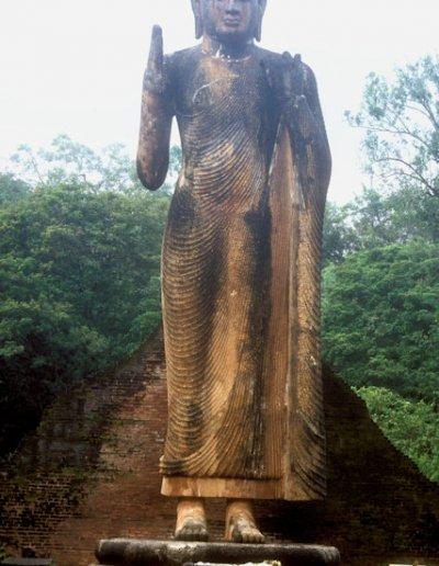 maligawila_buddha statue