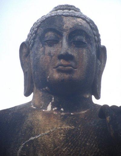 maligawila_buddha statue_2