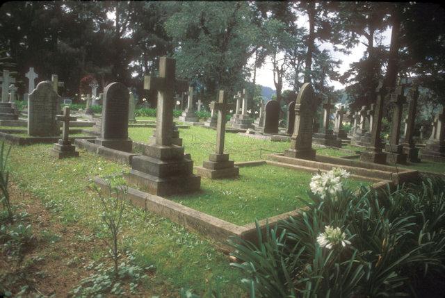nuwara eliya_church cemetery