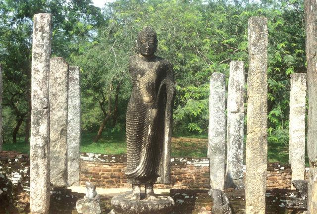 polonnaruwa_atadage