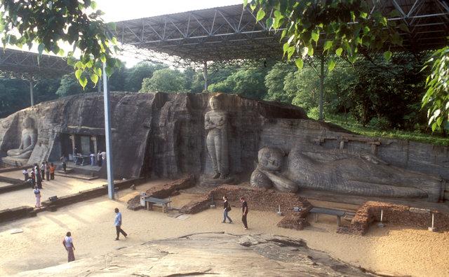 polonnaruwa_gal vihara