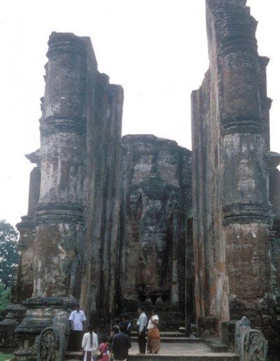 polonnaruwa_lankatilaka