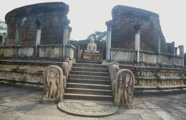 polonnaruwa_vatadage