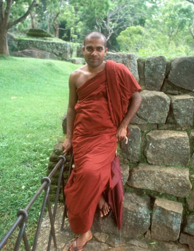 sigiriya_buddhist monk