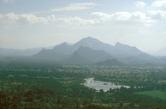 sigiriya_view from summit