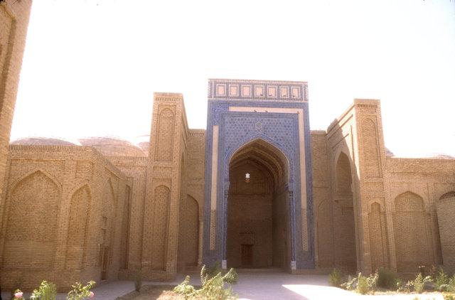 termez_sultan saodat ensemble_mausoleum