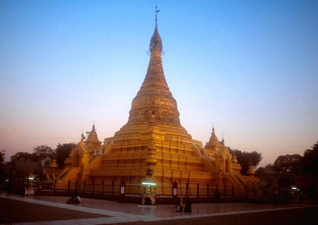 mandalay_eindawya pagoda