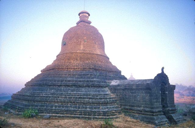 mrauk-u_nyidaw ceti pagoda