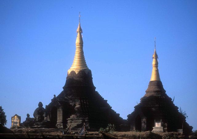 mrauk-u_sakyashwegu pagoda