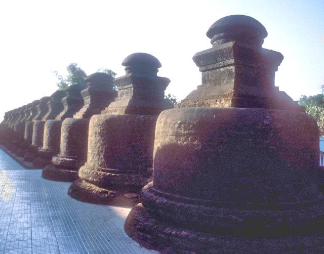 mrauk-u_shittaung pagoda_9