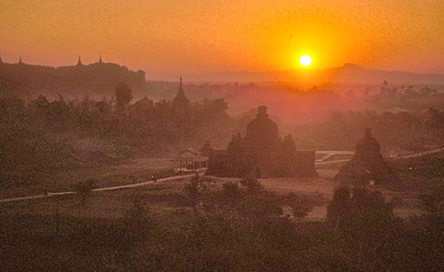 mrauk-u_sunset
