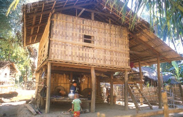 rakhine_chin village_residence