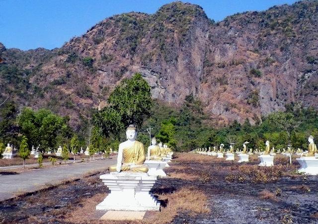 hpa-an_lanpini pagoda_buddha images