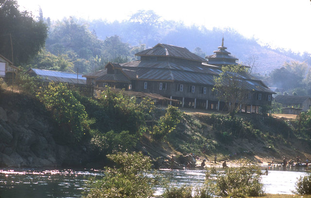 hsipaw_dokhtawady river_2