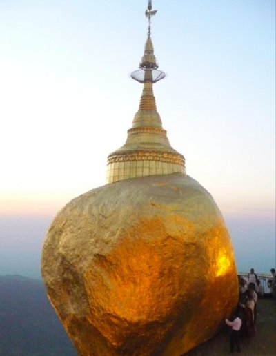 kyaikto_golden rock pagoda