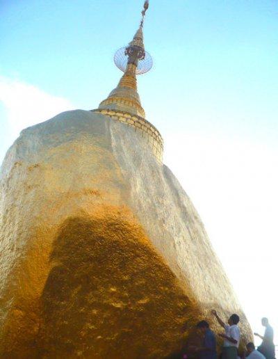 kyaikto_golden rock pagoda_4