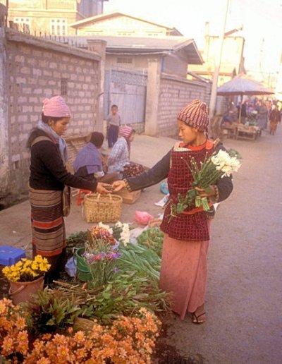 lashio_morning market