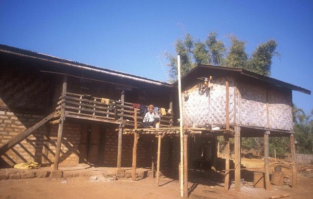 loi-lawm_palung house