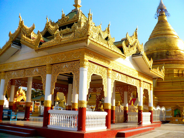 mandalay_kuthodaw pagoda