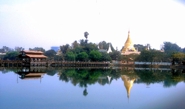 mandalay_lake view
