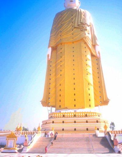 monywa_alantaye pagoda_standing buddha